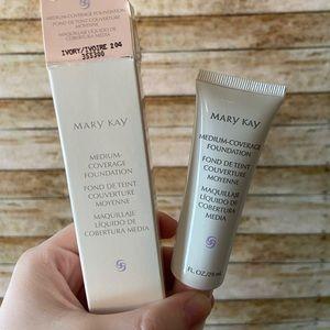 Mary Kay Medium Coverage Foundation Ivory 204